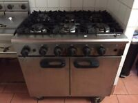 UNCAT Commercial GAS Cooker with 6 burners
