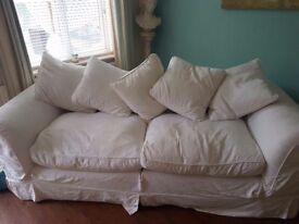 TETDRAD CREAM 3 Seater Sofa