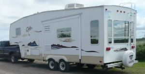 FIFTH WHEEL...30' Marque Cody