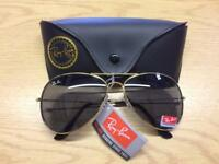 RAY-BAN AVIATOR SUNGLASSES SIZE M BNWT