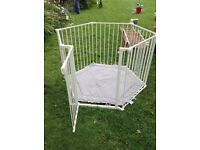 Baby Dan Playpen/ room divider, excellent condition