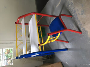 KIDS COMPUTER DESK AND CHAIR USED