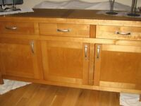 """REDUCED!! FOR QK SALE, WOODEN OAK SIDEBOARD NEARLY 6ft LONG (70"""") GOOD SOLID PIECE !,GREAT STORAGE !"""