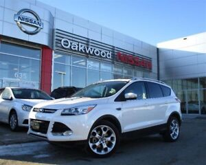 2013 Ford Escape Titanium 4WD *PST Paid!*