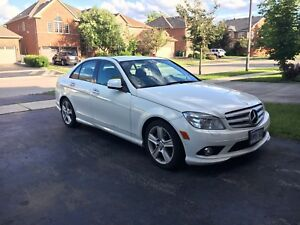 2009 Mercedes Benz C300 4Matic - Fully Loaded