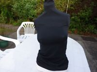 FEMALE MANNEQUIN UPPER BODY FOR DISPLAYING LADIES CLOTHES