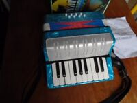 SCARLATTI CHILD'S ACCORDION [7 KEY] IN BOX WITH INSTRUCTIONS [LOVELY]