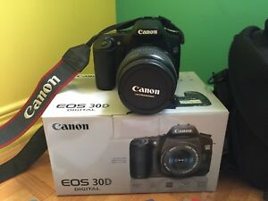 Canon 30D EOS with Lens EFS 17-85mm f/4-5.6 IS USM