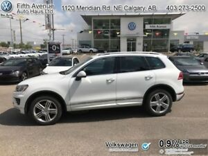 2017 Volkswagen Touareg Execline  - Certified - R-Line Package