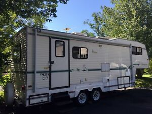 27ft Travelaire 5th Wheel Trailer