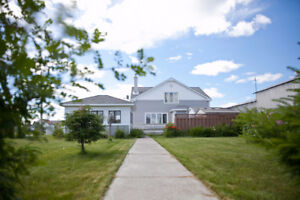 Gorgeous Furnished Home in GERALDTON, ON Avail Oct 1 REDUCED!