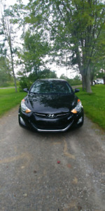 Fully-Loaded 2013 Hyundai Elantra for sale ($8,000.00)