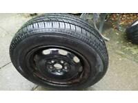 Tyre 175/70 R14
