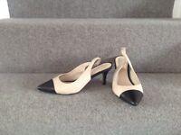 Ladies dune shoes/ sandals