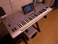 Yamaha Tyros 4 keyboard including speaker pack- excellent condition