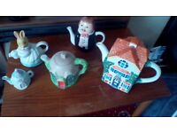 5 collectable tea pots all good condition and no cracks ,