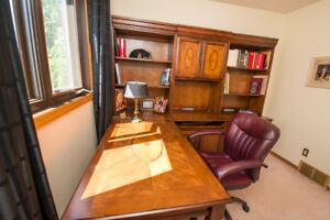 Executive L Shape desk & Computer Hutch with Bookshelf units