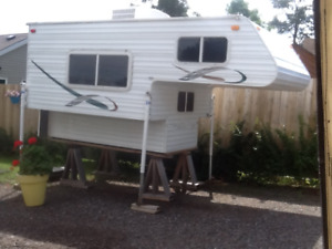 8 ft 2008 (Sun Valley) truck camper, tons of extras (lowered $$)