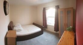 Double room to rent for an international student £100 pw near town centre in springbourne