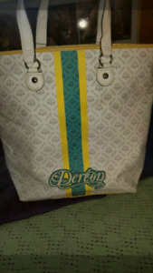 "Beyonce's"" Dereon ""Tote"
