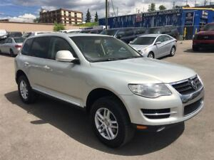 2008 Volkswagen Touareg 2 NAVIGATION/ LEATHER/ 3.6 / AWD