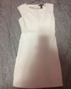 SELLING WHITE BODYCON DRESS XS LADIES OR GIRLS