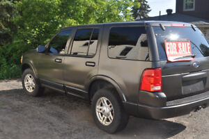 2002 Ford Explorer SUV, Crossover MUST SELL DUE TO MOVING