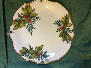 Princess House Winter Garden serving plate