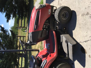 "Craftsman LTS 2000, 42"" 21hp riding lawn mower"