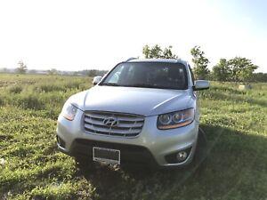 2011 Hyundai Santa Fe GL FULLY CERTIFIED