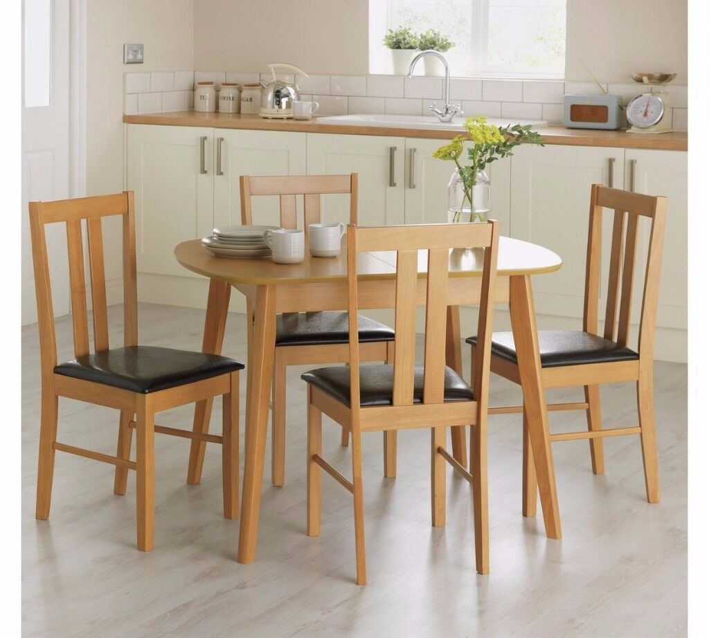 Argos Extendable Table & Four Chairs