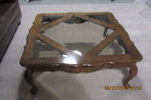 COFFEE  TABLE  WITH  GLASS  INSERTS