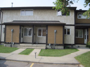 Three-bedroom townhouse in clareview for sale
