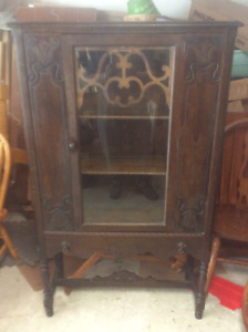 Antique solid wood 1920'S display cabinet $95.00