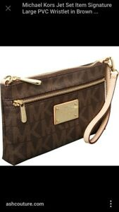 Large Michael kors wristlet wallet