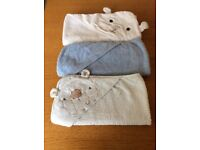 Baby's hooded towels £2.50 each or all 3 £6.00