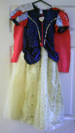 Girl's Snow White Fancy Dress Disney Princess Age 7-8