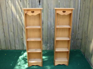 Pair of Heart Shelves with 4 x shelves