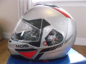 AGV / MDS MD200 Traveler in Silver Size Medium New / Unused / Boxed Flip front with Int Sun-visor.
