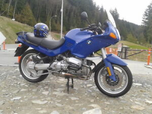 Mint Condition 1996 R1100RS sport touring BMW