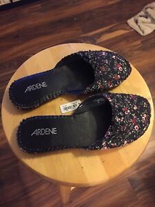 New floral pattern slip on shoes size 9