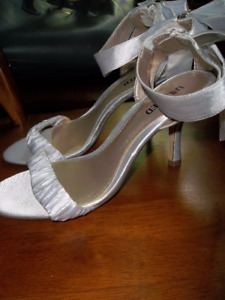 Brand New unlisted shoes ,by Kenneth cole Size 10