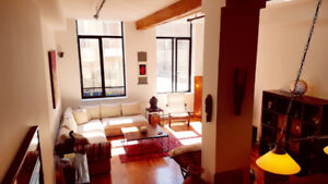BEAUTIFUL CONDO LOFT FURNISHED MEUBLE CENTRE-VILLE DOWNTOWN
