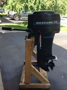 18 HP Mercury Outboard Motor for Sale
