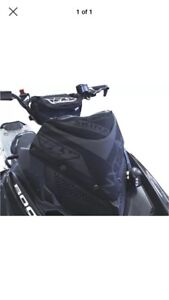 Skinz Storage Bag /Windshield