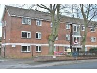 2 bedroom flat in Sale, Manchester, M33 (2 bed)