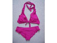 Tu/Sainsbury's bright pink frilled plunge/halter/padded bikini-size 10 bottoms/size 8 top. £4 ovno