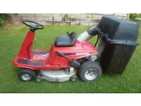 Honda top quality ride on mower (newick e.sussex)