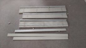 Need to go! 3 x white wooden blinds in good condition