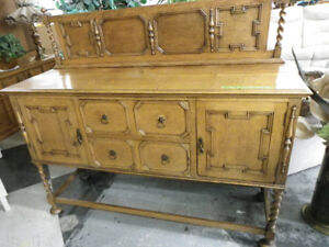 JACOBEAB Oak Revival Sideboard